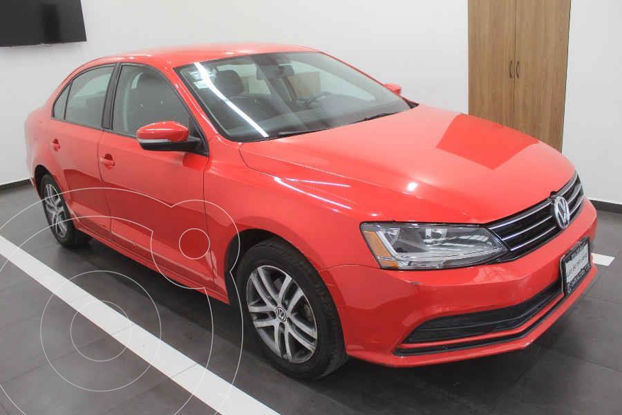 foto Volkswagen Jetta Trendline Tiptronic usado (2017) color Rojo precio $205,000