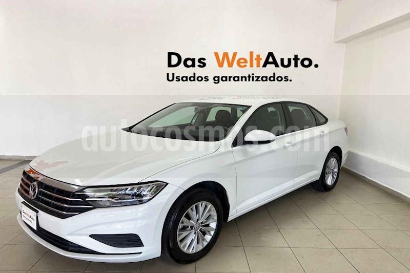 foto Volkswagen Jetta 4p Comfortline L4/1.4/T Man usado (2019) color Blanco precio $277,500