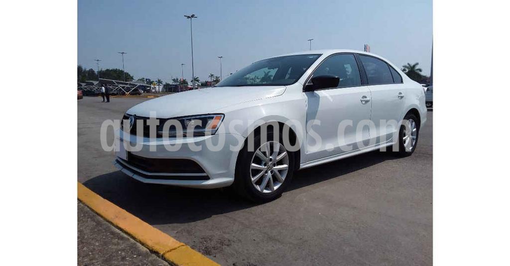 foto Volkswagen Jetta Trendline Tiptronic usado (2019) color Blanco precio $184,900
