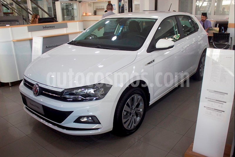 foto Volkswagen Polo 5P Highline Aut nuevo