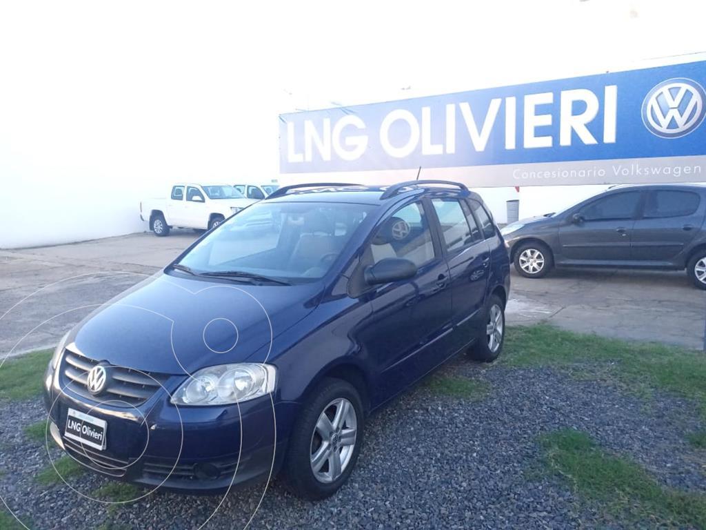 foto Volkswagen Suran 1.6 Trendline usado (2009) color Azul Eléctrico precio $685.000