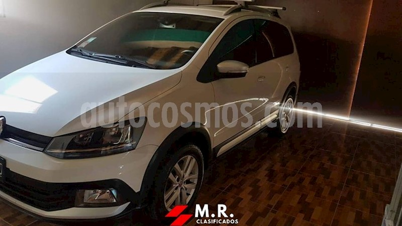 foto Volkswagen Suran Cross 1.6 Highline usado