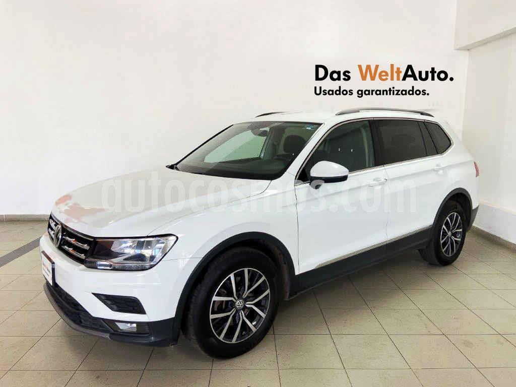 foto Volkswagen Tiguan Comfortline 5 Asientos Piel usado (2018) color Blanco precio $325,995
