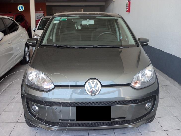 foto Volkswagen up! High up! 5P usado (2015) color Gris precio $990.000