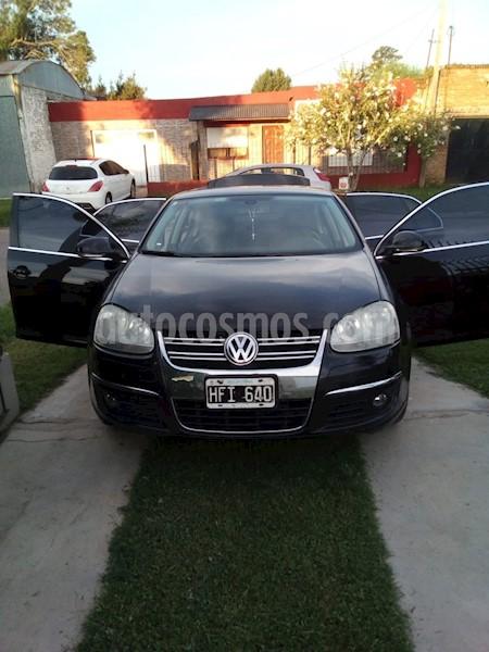 foto Volkswagen Vento 2.5 FSI Advance usado