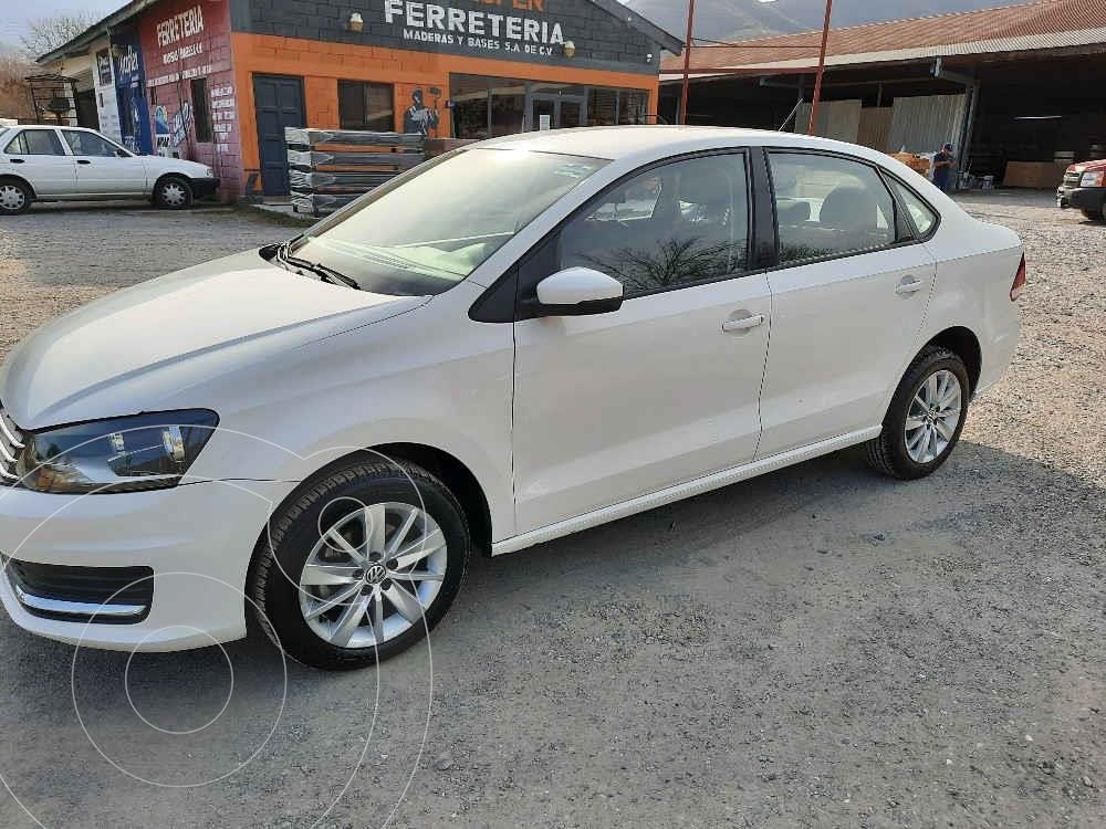 foto Volkswagen Vento Comfortline usado (2017) color Blanco precio $139,000