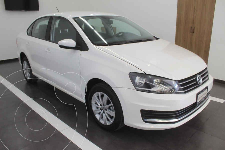 foto Volkswagen Vento Comfortline Aut usado (2017) color Blanco precio $185,000