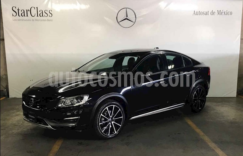 foto Volvo S60 Cross Country T5 AWD usado