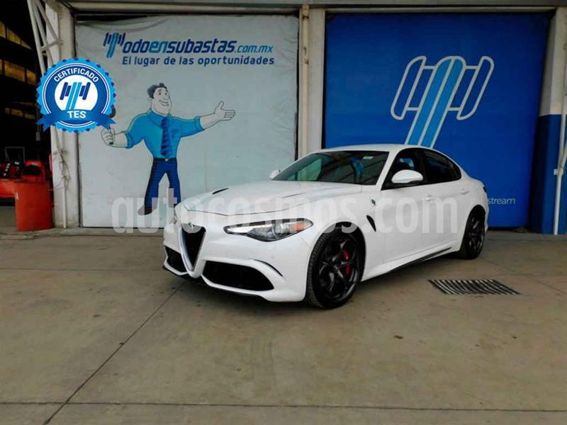 Alfa Romeo Giulia Quadrifoglio V6 Bi-Turbo usado (2017) color Blanco precio $650,000