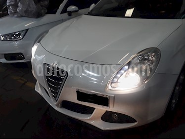 foto Alfa Romeo Giulietta 1.4 Distinctive (170Cv) usado (2016) color Blanco Ghiaccio precio u$s17.000