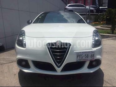Foto venta Auto usado Alfa Romeo Giulietta 1.8L Turbo (2015) color Blanco precio $299,000