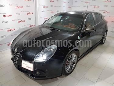 Foto Alfa Romeo Giulietta Quadrifoglio Verde usado (2016) color Negro precio $339,000