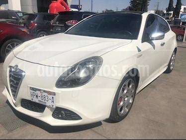 Foto venta Auto usado Alfa Romeo Giulietta Quadrifoglio Verde Piel (2013) color Blanco precio $215,000