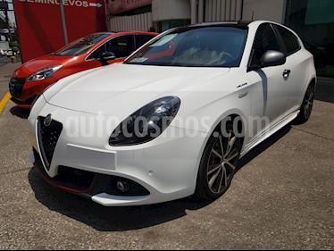 Foto venta Auto usado Alfa Romeo Giulietta Veloce TCT (2017) color Blanco precio $399,000