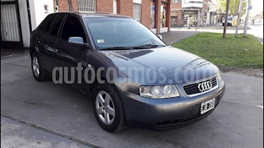 foto Audi A3 1.8 5P T Attraction usado (2005) color Gris Meteorito precio $450.000