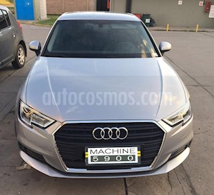 Audi A3 2.0 T FSI 3P  usado (2017) color Gris Claro precio $2.175.000