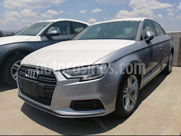 Audi A3 Sedan 35 TFSI Dynamic Aut nuevo color Plata precio $489,900