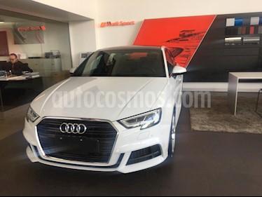 Audi A3 Sedan 40 TFSI S Line Aut nuevo color Blanco Glaciar precio $654,900