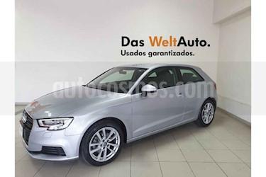 Foto Audi A3 1.4L Ambiente usado (2017) color Plata precio $299,995