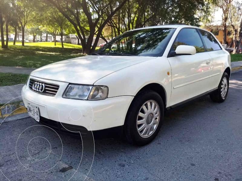 Audi A3 3P 2.0L Attraction  usado (2000) color Blanco precio $59,900