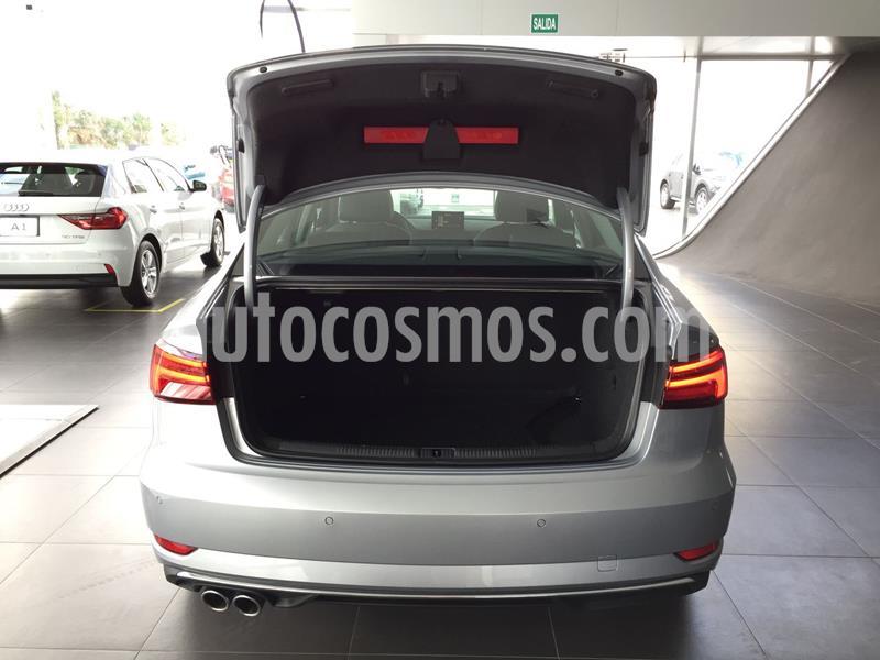 Audi A3 Sedan 35 TFSI Select Aut nuevo color Plata precio $567,100