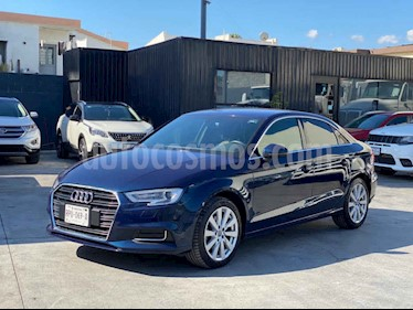 Audi A3 Sedan 1.4L Dynamic Aut usado (2018) color Azul precio $370,800