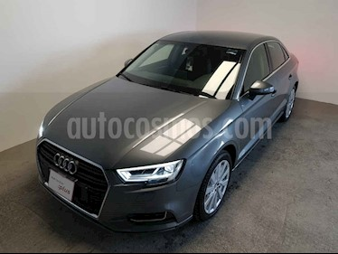 Audi A3 4p Sedan Select L4/2.0/T Aut usado (2019) color Gris precio $490,000