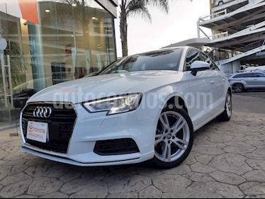 Audi A3 4p Sedan Dynamic L4/1.4/T Aut usado (2018) color Blanco precio $380,000