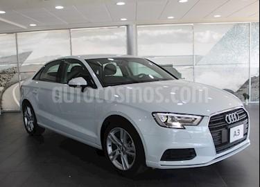 foto Audi A3 Sedán 35 TFSI Dynamic Aut usado (2019) color Blanco precio $415,700