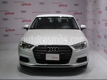 Foto Audi A3 Sedan 40 TFSI Dynamic Aut usado (2019) color Blanco precio $475,000