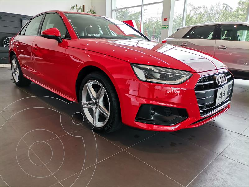 Foto Audi A4 40 TFSI Select  nuevo color Rojo Tango precio $822,500