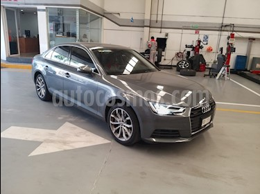 Audi A4 2.0 T Select Quattro (252hp) usado (2017) color Gris precio $415,000