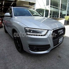 Foto Audi Q3 Luxury usado (2013) color Plata precio $239,900