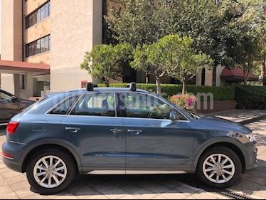 Audi Q3 Luxury (180 hp) usado (2016) color Azul Cobalto precio $330,000