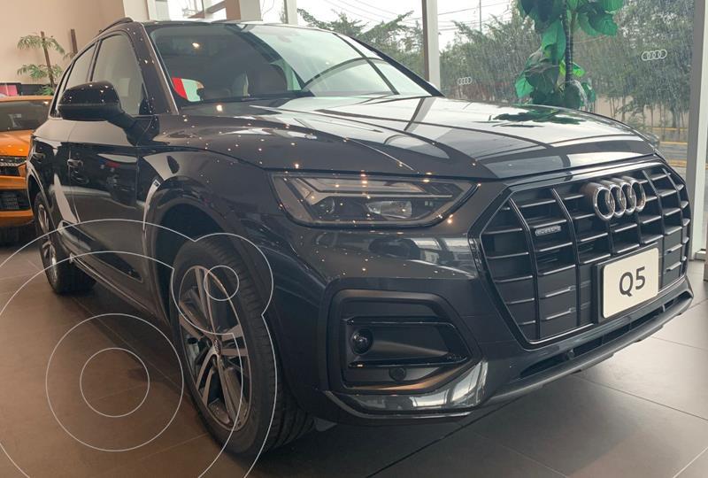 Foto Audi Q5 2.0T Select  nuevo color Gris Oscuro precio $1,046,900