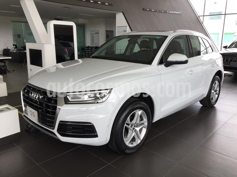 Audi Q5 45 TFSI Select nuevo color Blanco precio $896,700