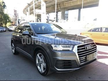 Foto venta Auto usado Audi Q7 3.0L TFSI S Line Quattro (333Hp) (2018) color Gris Quarzo precio $995,000
