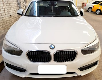BMW Serie 1 120i 5P usado (2016) color Blanco precio u$s26.500