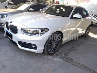 foto BMW Serie 1 120i Sport Line 5P usado (2018) color Blanco precio $2.204.000