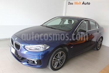 Foto BMW Serie 1 5P 120iA Sport Line usado (2019) color Azul Medianoche precio $460,000