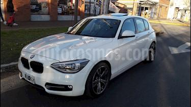 BMW Serie 1 118i Sport Line 5P usado (2012) color Blanco Alpine precio $1.190.000