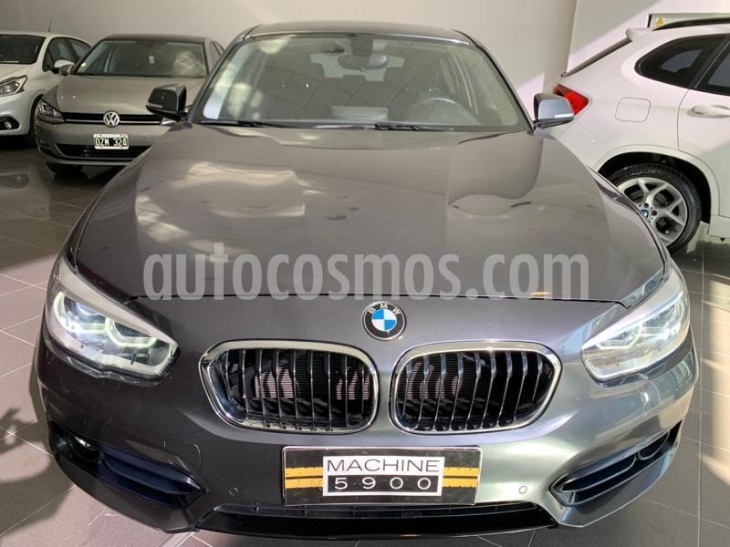 BMW Serie 1 120i Sport Line 5P usado (2018) color Gris Oscuro precio $3.500.000