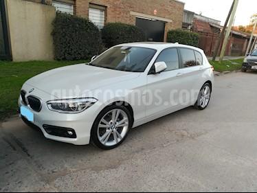 BMW Serie 1 118i Sport Line 5P Aut usado (2018) color Blanco precio u$s33.400