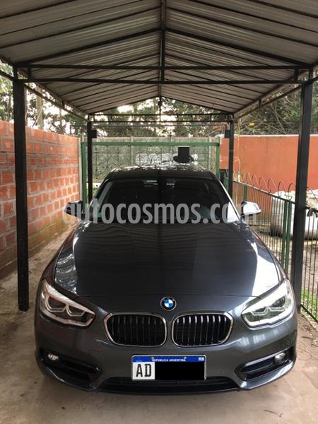 BMW Serie 1 118i Sport Line 5P Aut usado (2019) color Gris Mineral precio u$s33.000