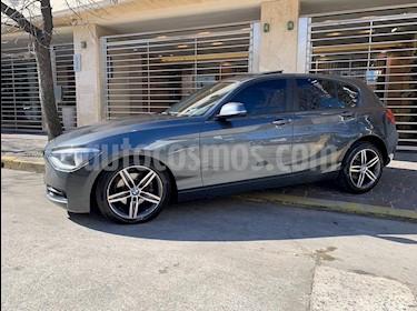 BMW Serie 1 118i Sport Line 5P usado (2013) color Gris Oscuro precio $1.950.000