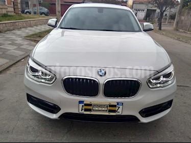 BMW Serie 1 120i Sport Line 5P usado (2016) color Blanco precio $2.590.000
