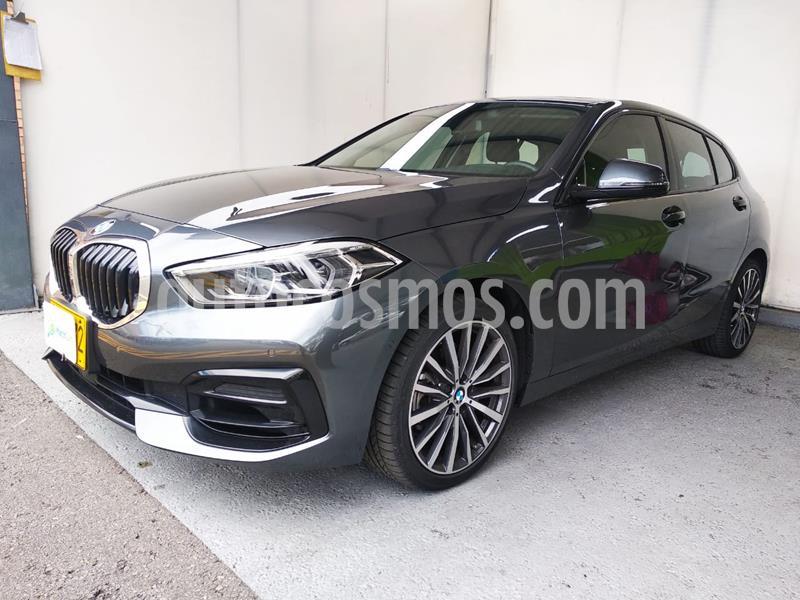 foto BMW Serie 1 118i Sport Line R18 usado (2020) color Gris Mineral precio $95.990.000