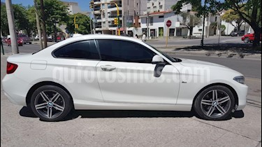 Foto venta Auto Usado BMW Serie 2 220i Sport Line (2016) color Blanco