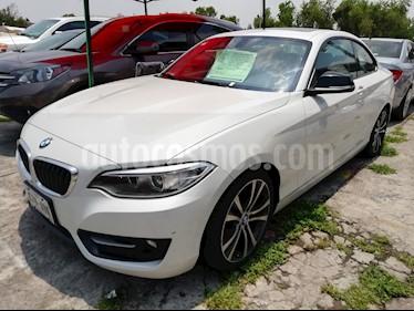 foto BMW Serie 2 220iA Aut usado (2015) color Blanco Mineral precio $278,000