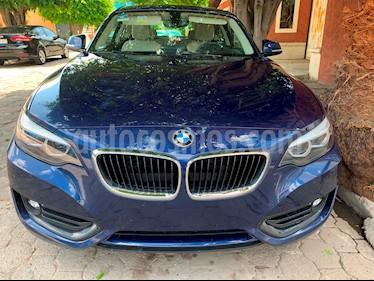 BMW Serie 2 220iA Aut usado (2018) color Azul Profundo precio $430,000